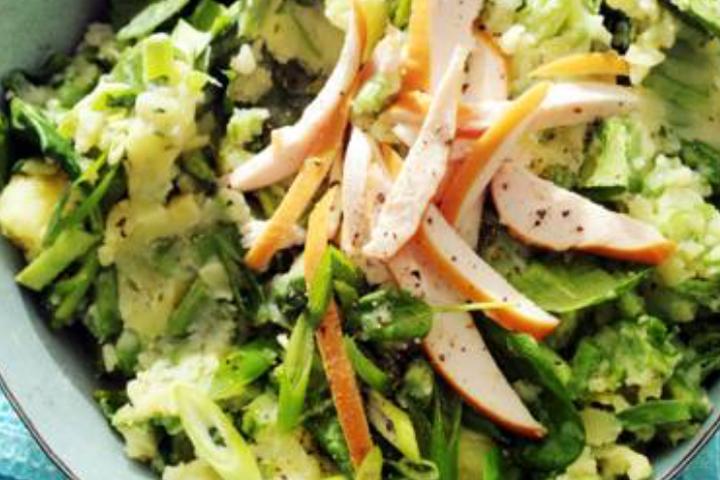 Lente stamppot van spinazie en gerookte kip